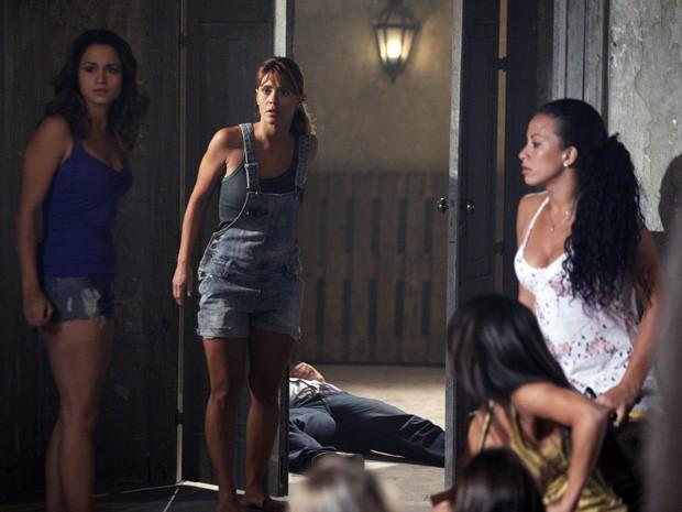 Jéssica vê segurança caída e pensa em fugir (Foto: Salve Jorge/TV Globo)