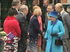 Rainha Elizabeth II se torna monarca a ocupar mais tempo o trono britânico