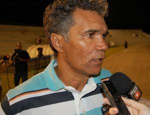 Betão, técnico da Picuiense (Foto: Silas Batista / GloboEsporte.com)