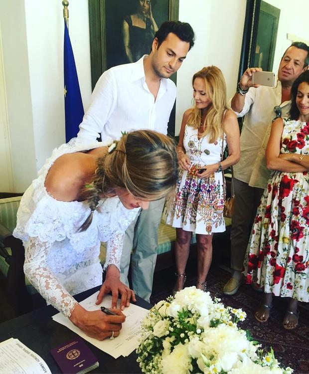 Ana Beatriz Barros se casa na Grécia (Foto: Reprodução / Instagram)