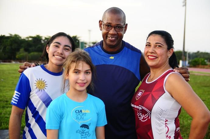 técnicos estrangeiros vila olímpica de manaus (Foto: Mauro Neto/Sejel)