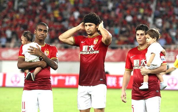 Muriqui, Elkeson e Conca Guangzhou Evergrande (Foto: Reprodução / Sina.com)