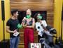 Claudia Leitte conta que já teve dor de barriga no trio: 'Tive que sair do palco'