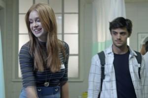 Eliza recebe elogio de Wesley (Foto: TV Globo)