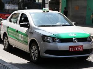 Táxis em Santos  (Foto: Isabela Carrari / Prefeitura de Santos)
