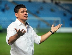 Celinho Valentim, técnico do Imperatriz (Foto: Diego Chaves/O Estado)