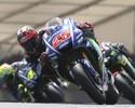 Rossi cai na última volta, e Maverick Viñales vira líder com vitória na França