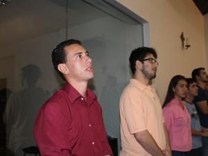 jovem veterinário Diego Gonçalves Lino Borges, de 25 anos, disse que está retornando à comunidade católica (Foto: Juliene Katayama/ G1 MS)
