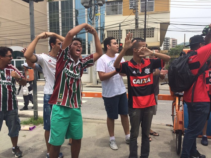 Torcedores Flamengo - FLuminense - ferj (Foto: Sofia Miranda)