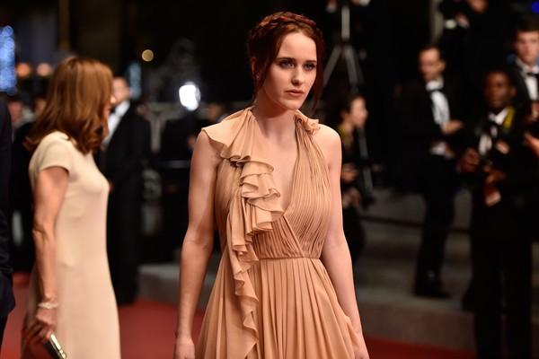 A atriz Rachel Brosnahan tem 27 anos (Foto: Getty Images)