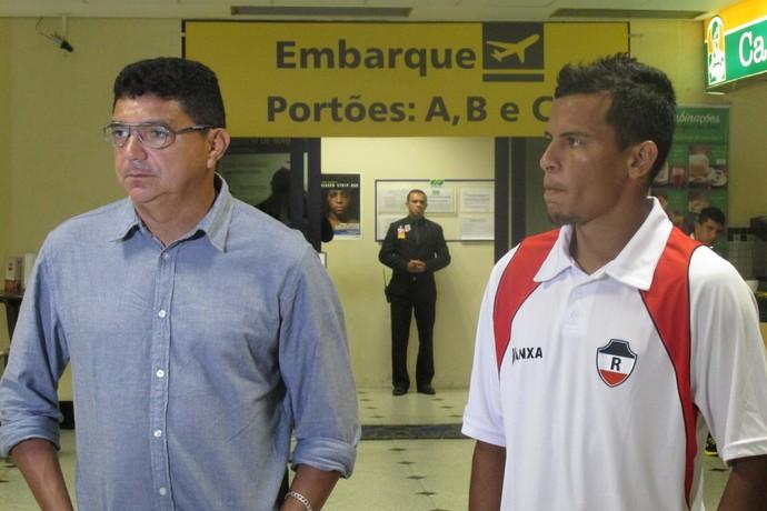 Flávio Araújo e Tote (Foto: Renan Morais/GloboEsporte.com)