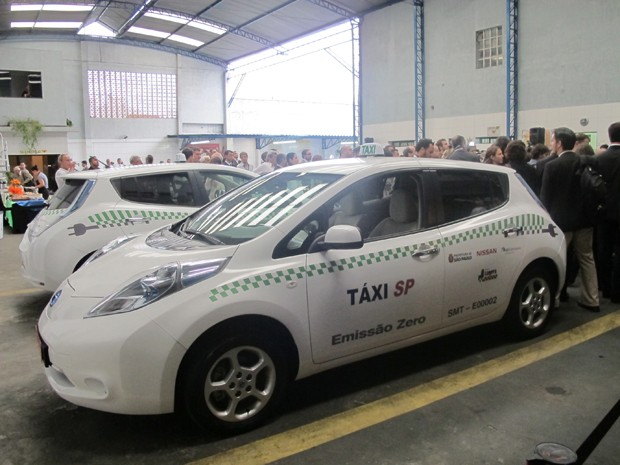 táxis elétricos (Foto: Juliana Cardilli/G1)