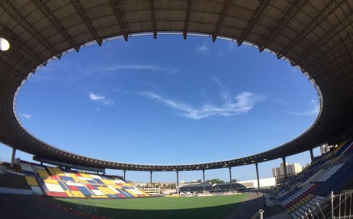 Estádio Kleber Andrade, Cariacica Vasco x Sampaio Corrêa (Foto: Sofia Miranda / GloboEsporte.com)