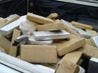 Seis homens são presos após levar 620 kg de maconha dentro de carro