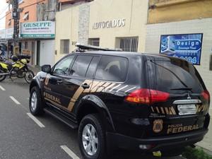 Polícia Federal cumpriu mandados de busca e apreensão em João Pessoa (Foto: Walter Paparazzo/G1)