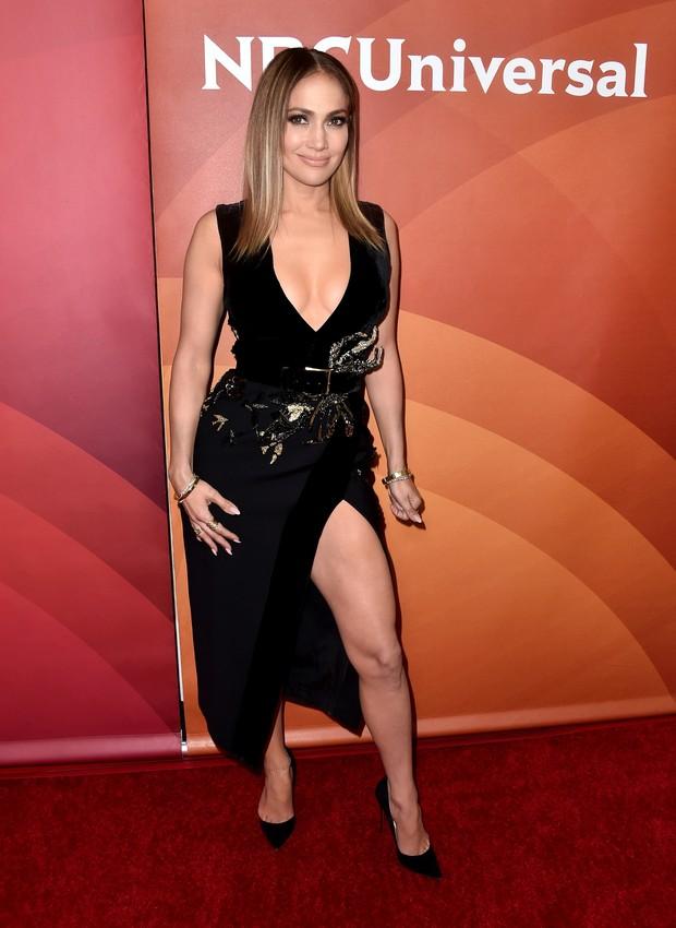 Jennifer Lopez em evento em Los Angeles, nos Estados Unidos (Foto: Alberto E. Rodriguez/ Getty Images/ AFP)