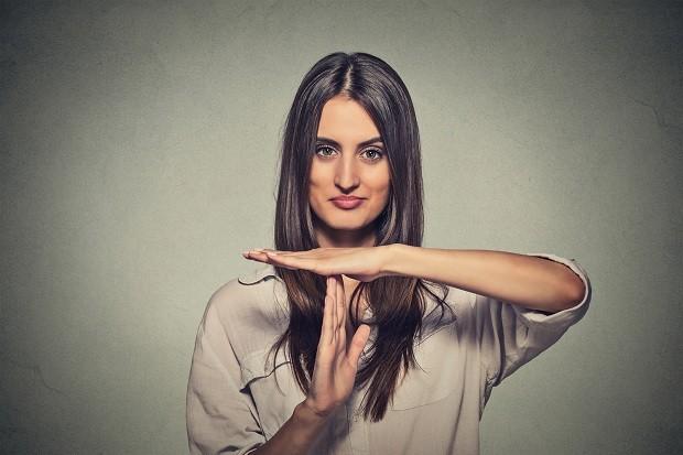 Aprenda a identificar e lidar com manipuladores (Foto: Think Stock)