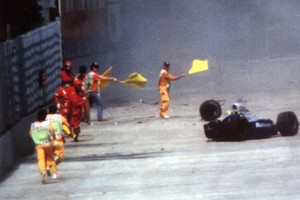 """Senna teria sobrevivido se """"coisas simples"""" tivessem mudado antes  (Agência AP)"""