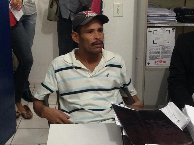 Mizael Manoel dos Santos prestou depoimento à polícia sobre humilhação gravada e publicada na internet (Foto: Natália Souza/G1)