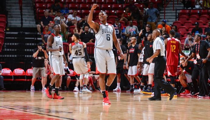 Cristiano Felício, Chicago Bulls x Cleveland Cavaliers, Summer League (Foto: Getty Images)