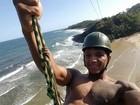 Arrocha de Isaquias Queiroz encanta a web, além das medalhas