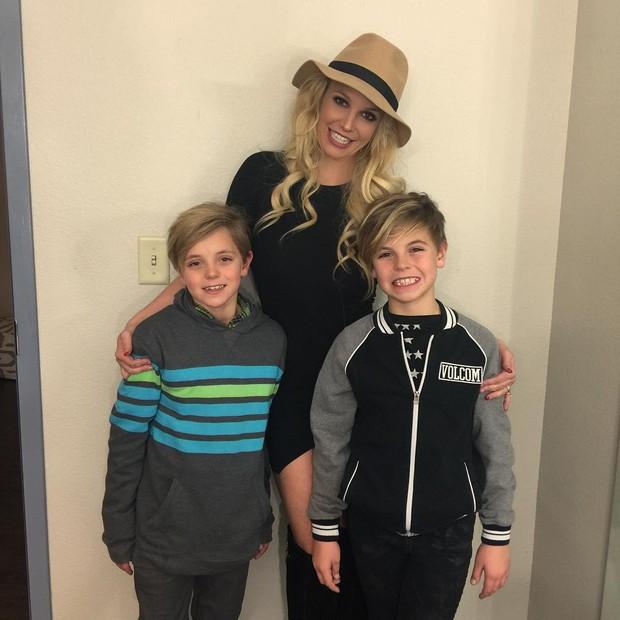 Britney Spears com os filhos (Foto: Reprodução/ Instagram)