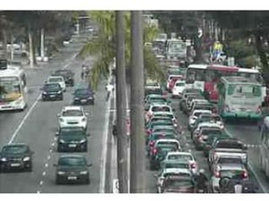 Acidente aconteceu no sentido Praia-Centro da avenida Epitácio Pessoa (Foto: Reprodução/Semob)