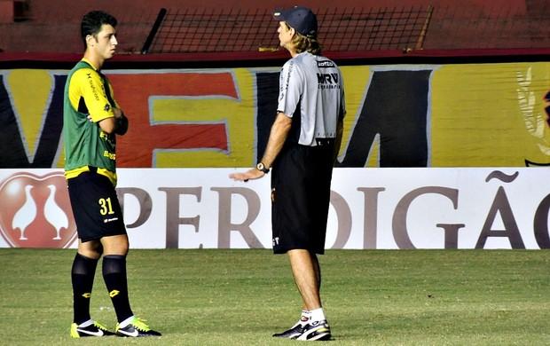 Felipe Menezes Sérgio Guedes Sport (Foto: Elton de Castro)