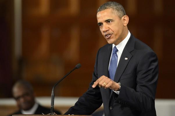 Obama discursa em cerimônia de homenagem às vítimas do ataque à Maratona de Boston (Foto: Cj Gunther/EFE)