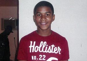 Foto de família do jovem Trayvon Martin, que morreu nas mãos de um segurança, nos EUA (Foto: AP)
