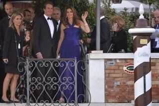 Cindy Crawford e o marido no casamento de George Clooney (Foto: AFP)