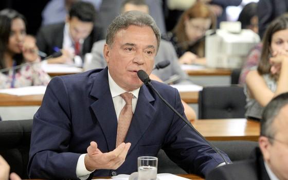 O senador Alvaro Dias (Foto: Agência Senado)