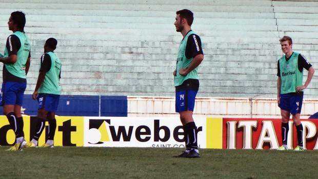 fábio aurélio grêmio treino (Foto: Hector Werlang/Globoesporte.com)
