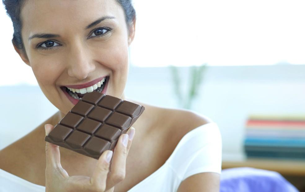 Existem benefícios no consumo de chocolate? Médico tira suas dúvidas (Foto: Getty Images)