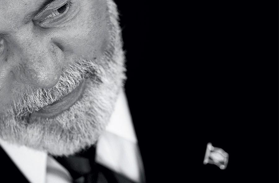 ALVO O ex-presidente Luiz Inácio Lula da Silva. Suas visitas  a países africanos e latino-americanos, patrocinadas pela Odebrecht, estão na mira do Núcleo de Combate à Corrupção do Ministério Público (Foto: Ueslei Marcelino/Reuters)
