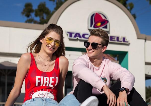 Forever Taco Bell Super Fan - Brittany Creech + Andrew McBurnieCredit: Forever 21 (Foto: Divulgação)