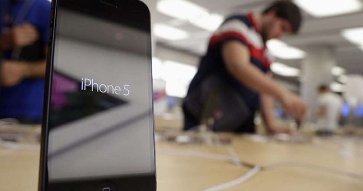 Após lançamentos, Apple reduz em R$ 100 o preço do iPhone 5