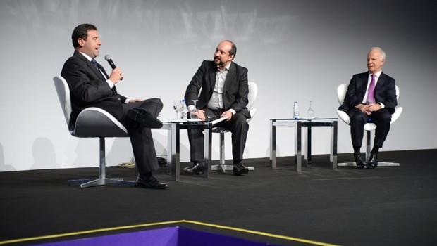Arthur Grybaum, CEO do Grupo O Boticário;  Luís Lobão, diretor de Redes Empresariais da HSM; e  Arthur Grybaum, fundador do O Boticário (da esquerda para direita) (Foto: Divulgação/HSM)