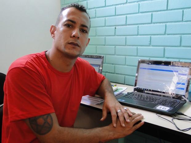 Felipe Ernane Cleto cumpre pena na Penitenciária Nelson Hungria e cursa gradução a distância (Foto: Flávia Cristini/G1)