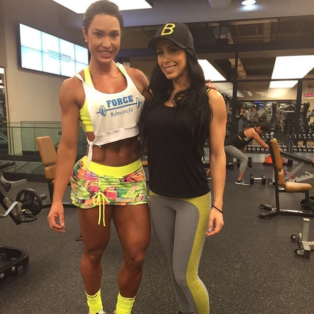 Gracyanne Barbosa e Bella Falconi em academia em São Paulo (Foto: Instagram/ Reprodução)