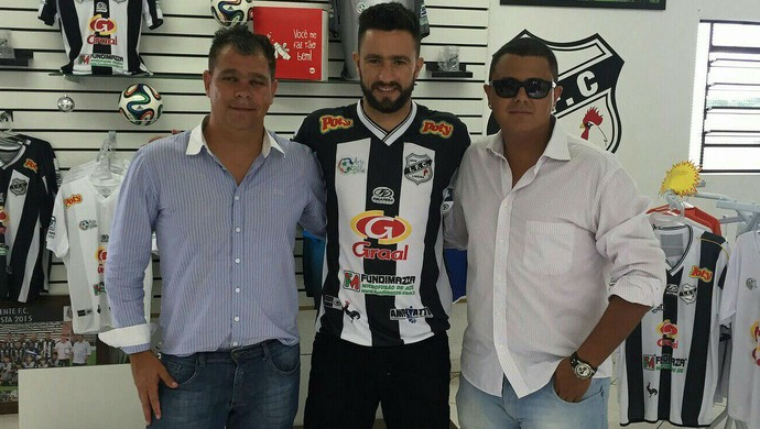 Ricardo Souza Alex Bruno Pedro Henrique dos Anjos Independente-SP Galo (Foto: Jonathan Bueno / Independente FC)