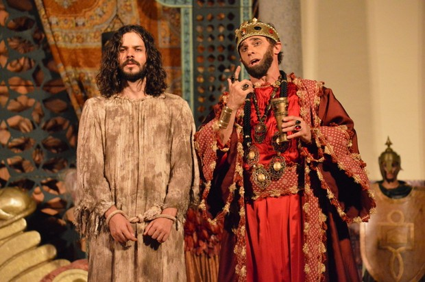 José Barbosa (Jesus) e Oscar Magrini (Herodes) (Foto: Felipe Souto Maior / AgNews)