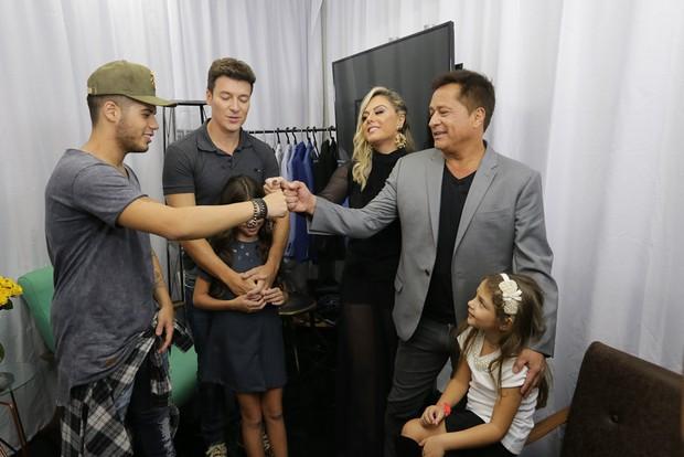 Leonardo e família (Foto: Cláudio Augusto/ Brazil News)