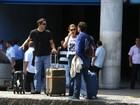 Legião de famosos agita aeroporto do Rio de Janeiro