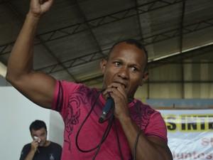 Interno Daniel de Almeida improvisou durante batalha de hip hop (Foto: Abinoan Santiago/G1)