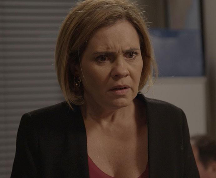Inês ficou bolada (Foto: TV Globo)
