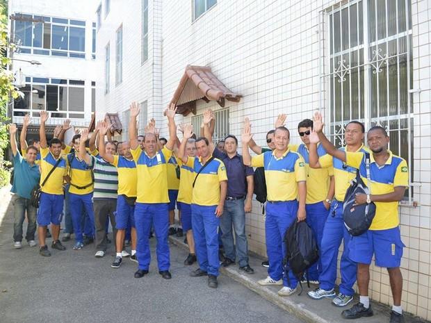 Profissioncias entraram em greve nesta segunda-feira (Foto: Divulgação/Sindicato dos Correios)