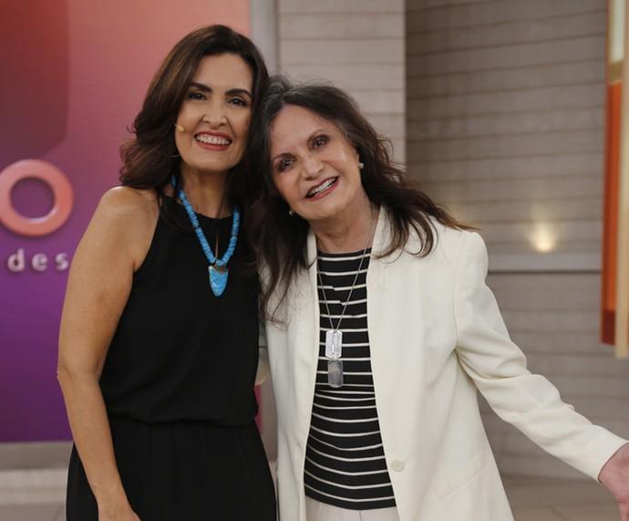 A apresentadora posa com a atriz Rosamaria Murtinho (Foto: Fabiano Battaglin/Gshow)