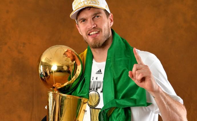 Tiago Splitter Spurs NBA (Foto: AFP)