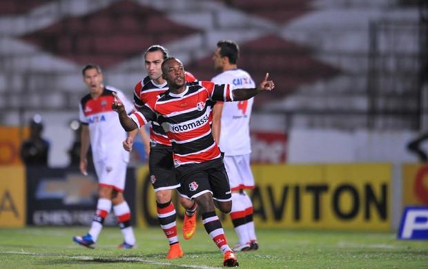 Santa Cruz x Atlético-GO Série B (Foto: Aldo Carneiro / Pernambuco Press)